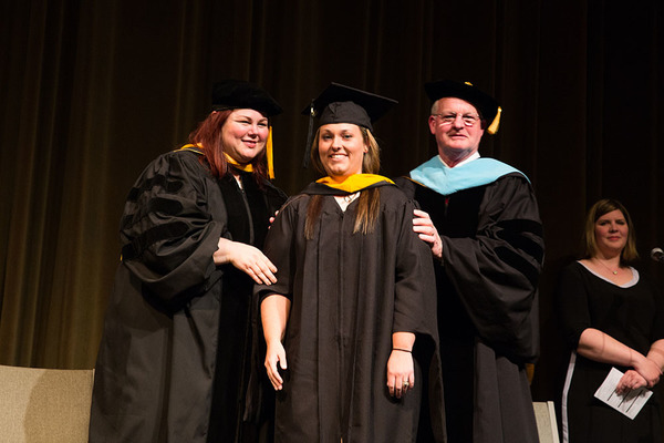 1431952688 nky campus hooding15