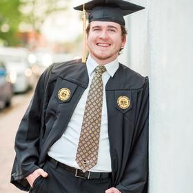 Grad announcement photo 4