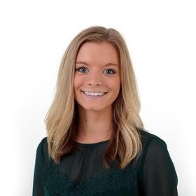 Hayley vogt 2019 intern portrait