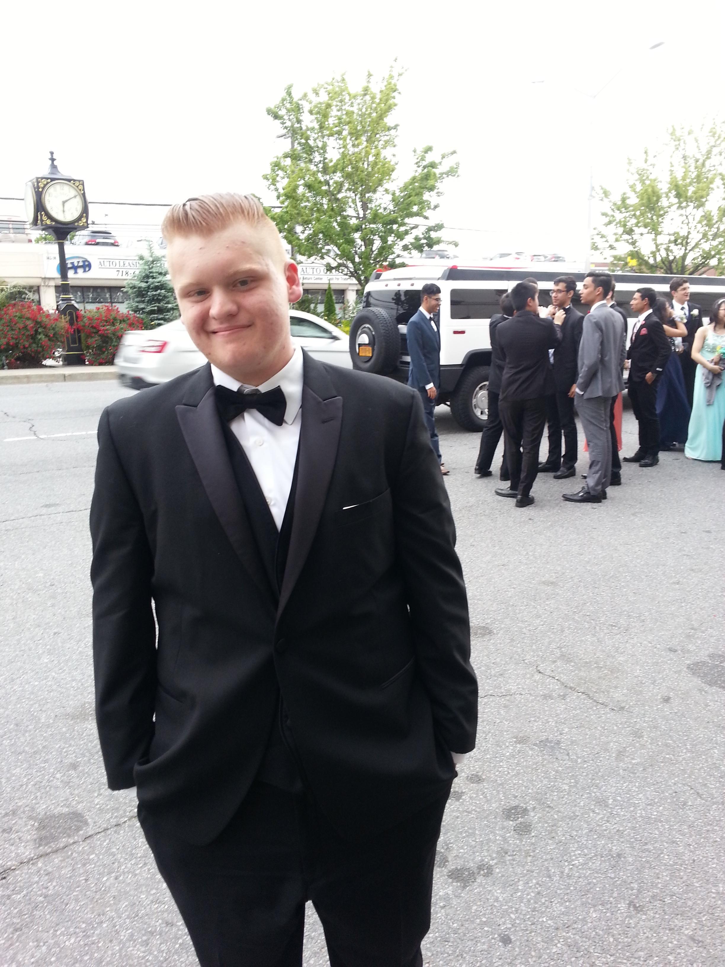 Jake senior prom pic