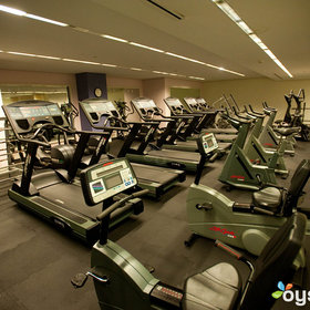 Fitnesscentershoreclubv693271024