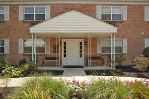 Camp Hill Plaza Apartment Homes