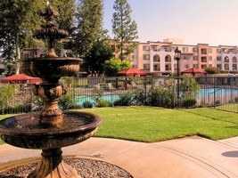 The Reserve At Warner Center Apartments In Woodland Hills Ca