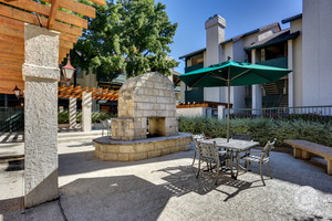 Villas Of Oak Hill Apartments In Fort Worth Tx