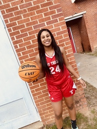 Trinity Anderson's Women's Basketball Recruiting Profile