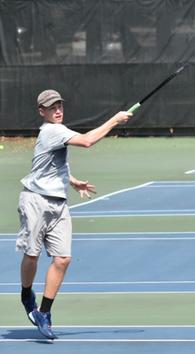 Quenten Chicon's Men's Tennis Recruiting Profile