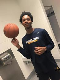 Avery Hoggard's Men's Basketball Recruiting Profile