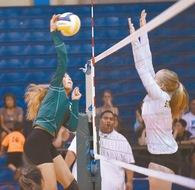 Taye Mowat's Women's Volleyball Recruiting Profile