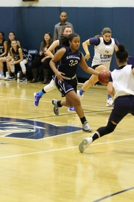Chloé Fequiere's Women's Basketball Recruiting Profile