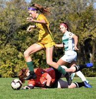 Riley Stern's Women's Soccer Recruiting Profile