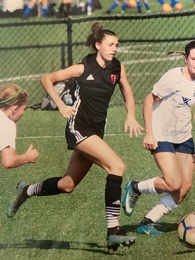 Leah Ahlers's Women's Soccer Recruiting Profile