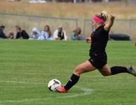 Chloe Nadeau's Women's Soccer Recruiting Profile