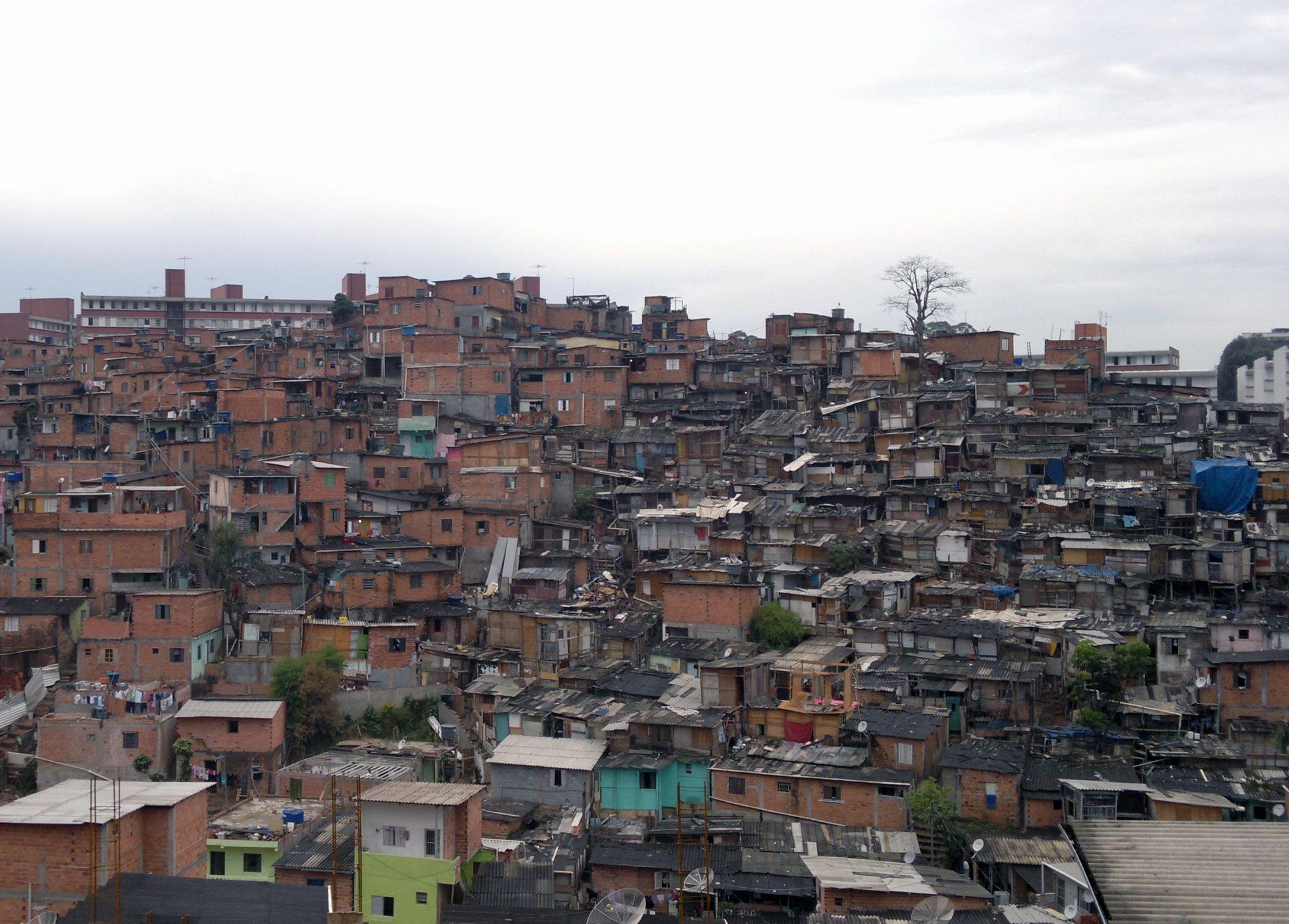 A mais populosa, Campo Limpo também lidera quantidade de favelas de SP