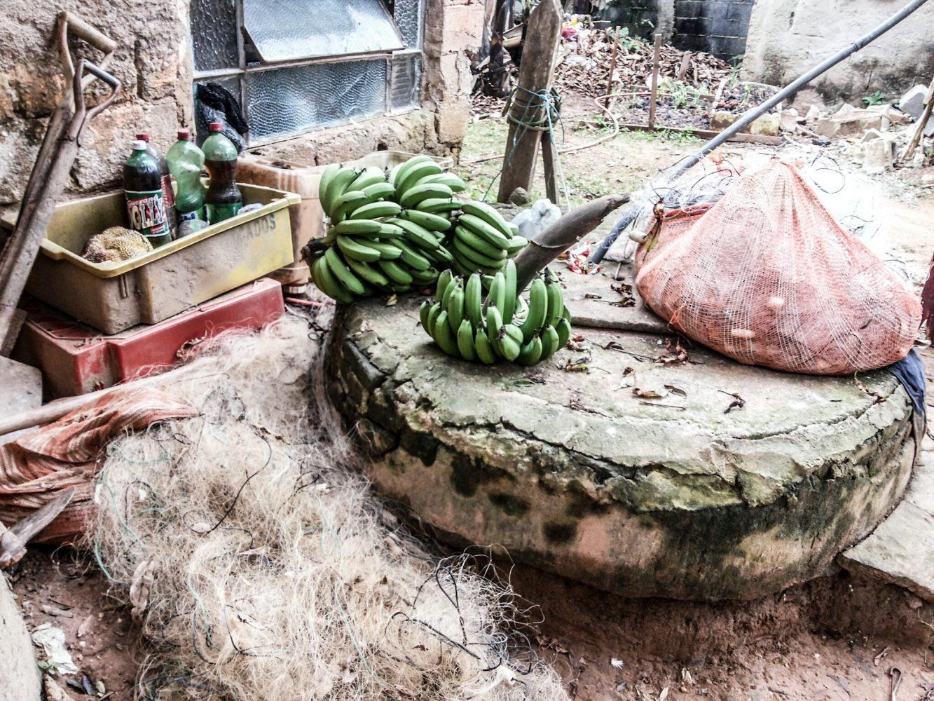 Com poços contaminados, bairros do Grajaú seguem sem saneamento básico