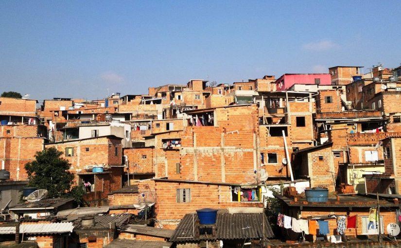 Moradores do Campo Limpo cobram por habitação em audiência