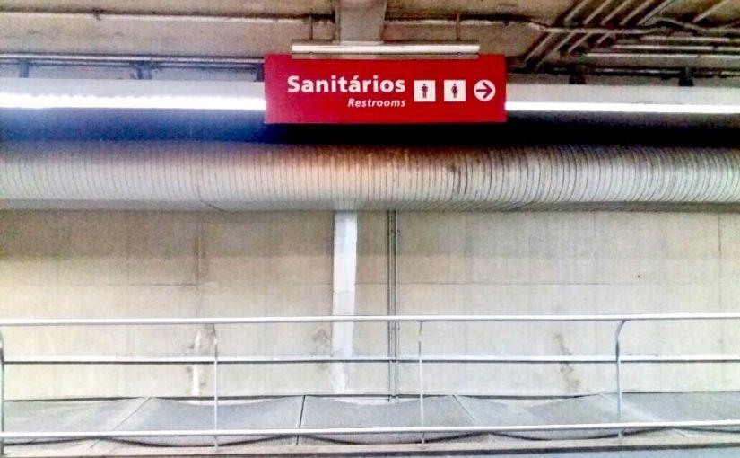 Veja onde tem banheiros e a situação de limpeza nas estações de trem e metrô em SP
