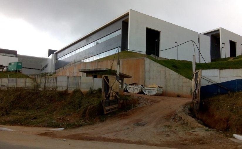 Após 10 anos, hospital de Parelheiros é inaugurado pela metade