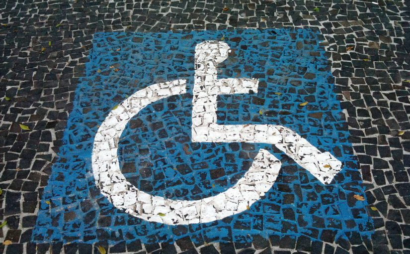 Calçadas em SP: pessoas com deficiência falam sobre mobilidade