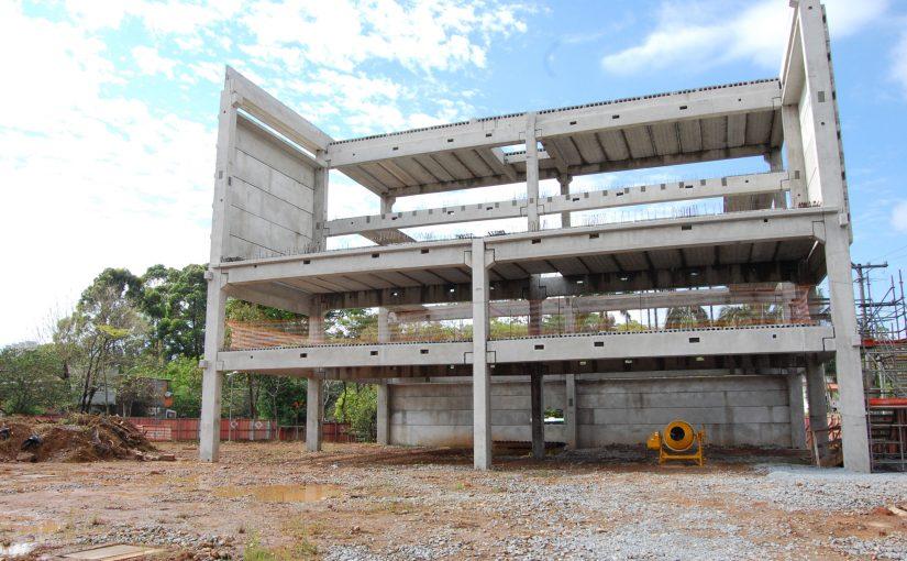 Prefeitura de SP promete retomar obras de 12 CEUs
