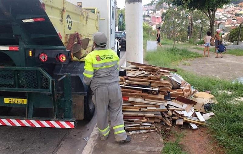 Em 6 meses, empresa responsável por varrição na zona norte reúne 750 multas