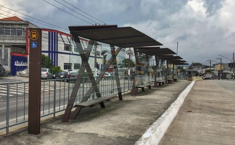 Atraso em obra do Corredor Leste Itaquera prejudica comerciantes e motoristas