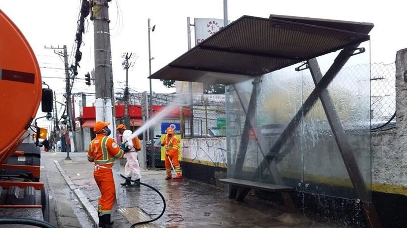 Subprefeituras intensificam ações de higienização em vias públicas