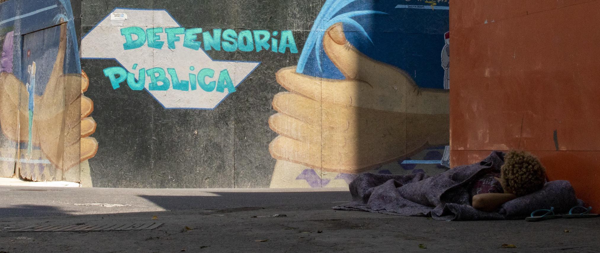 Saiba como e onde encontrar apoio jurídico e conseguir um advogado gratuitamente em São Paulo