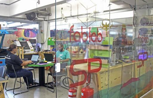 Fab Lab: conheça a rede gratuita de laboratórios em SP para fabricar robôs e até esculturas