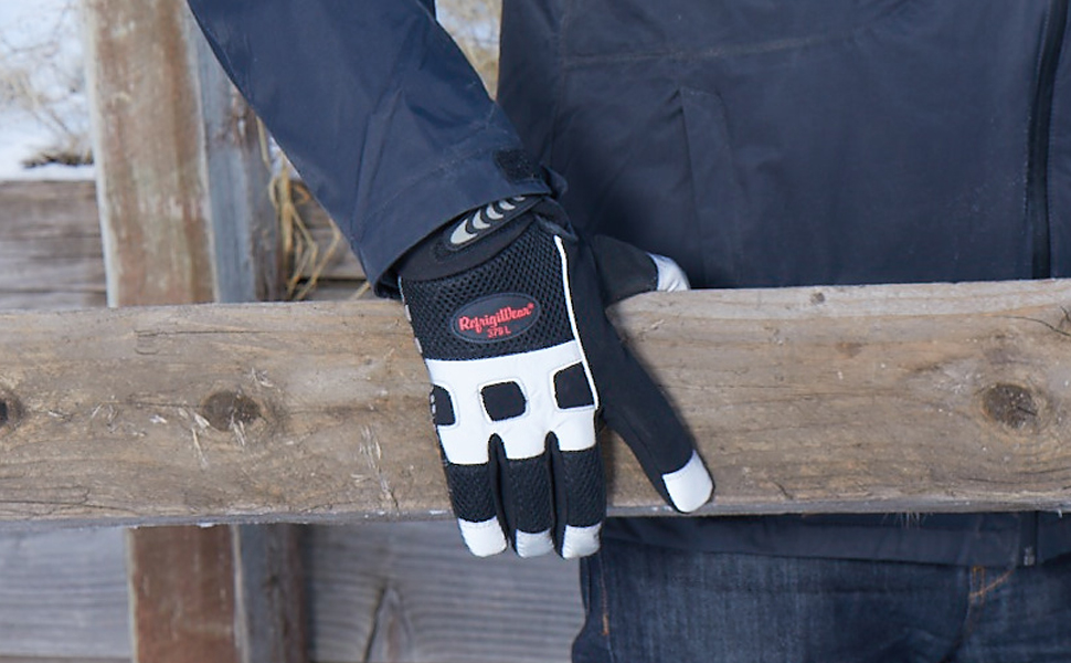 Insulated Wool Grip Gloves from RefrigiWear