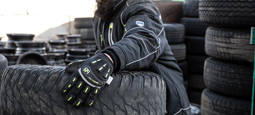 679 Extreme Freezer Glove