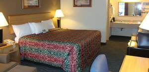 Econo Lodge Inn And Suites.