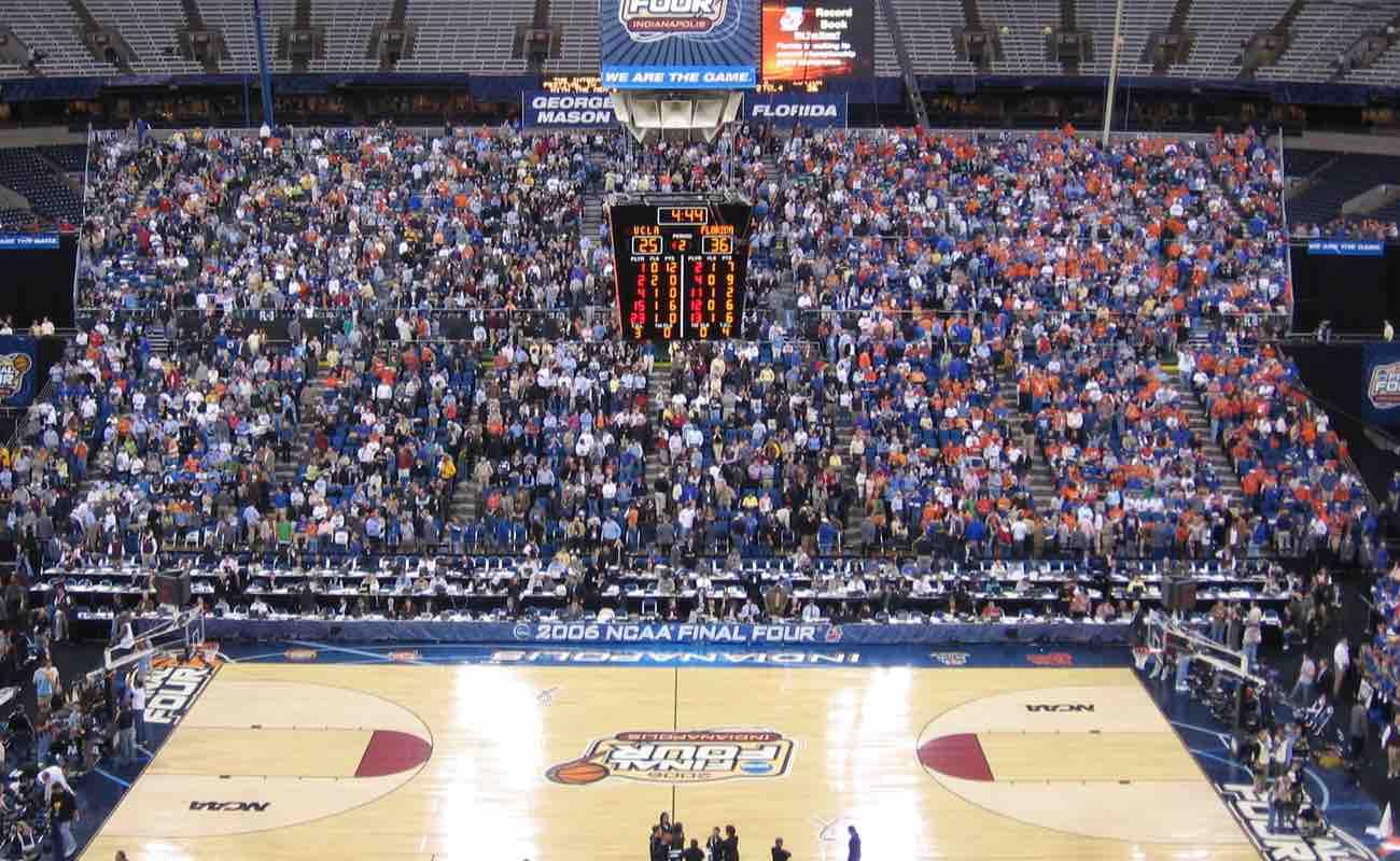 2006 last four teams basketball stadium, full audience