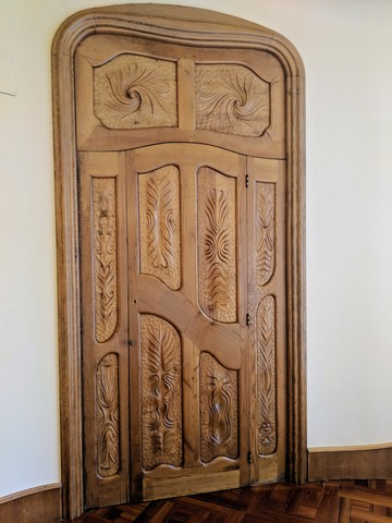 Love this door, also in Casa Batlló