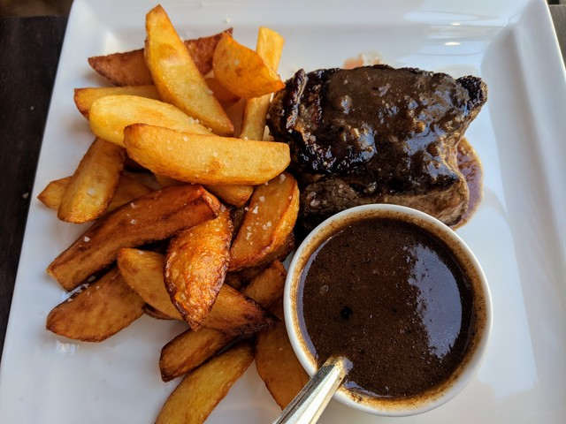 Steak frites, a French classic