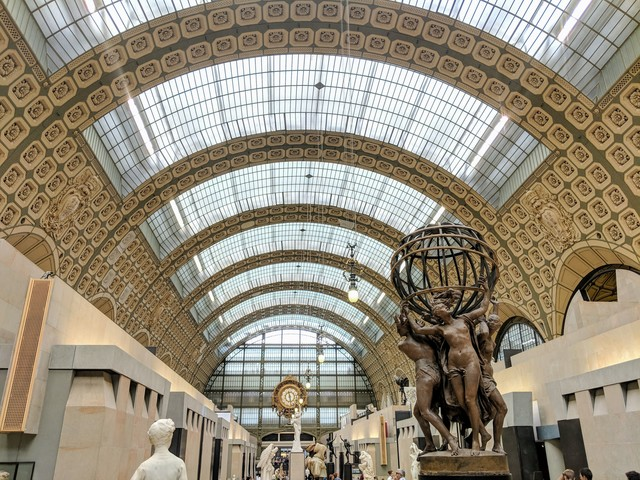 The main hall of the Musée d'Orsay.