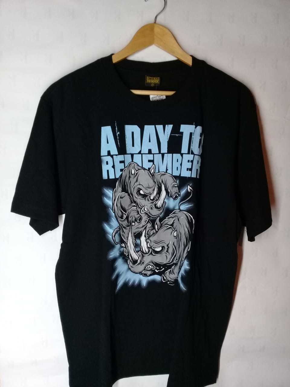 Camiseta Masculina  A Day to Remember