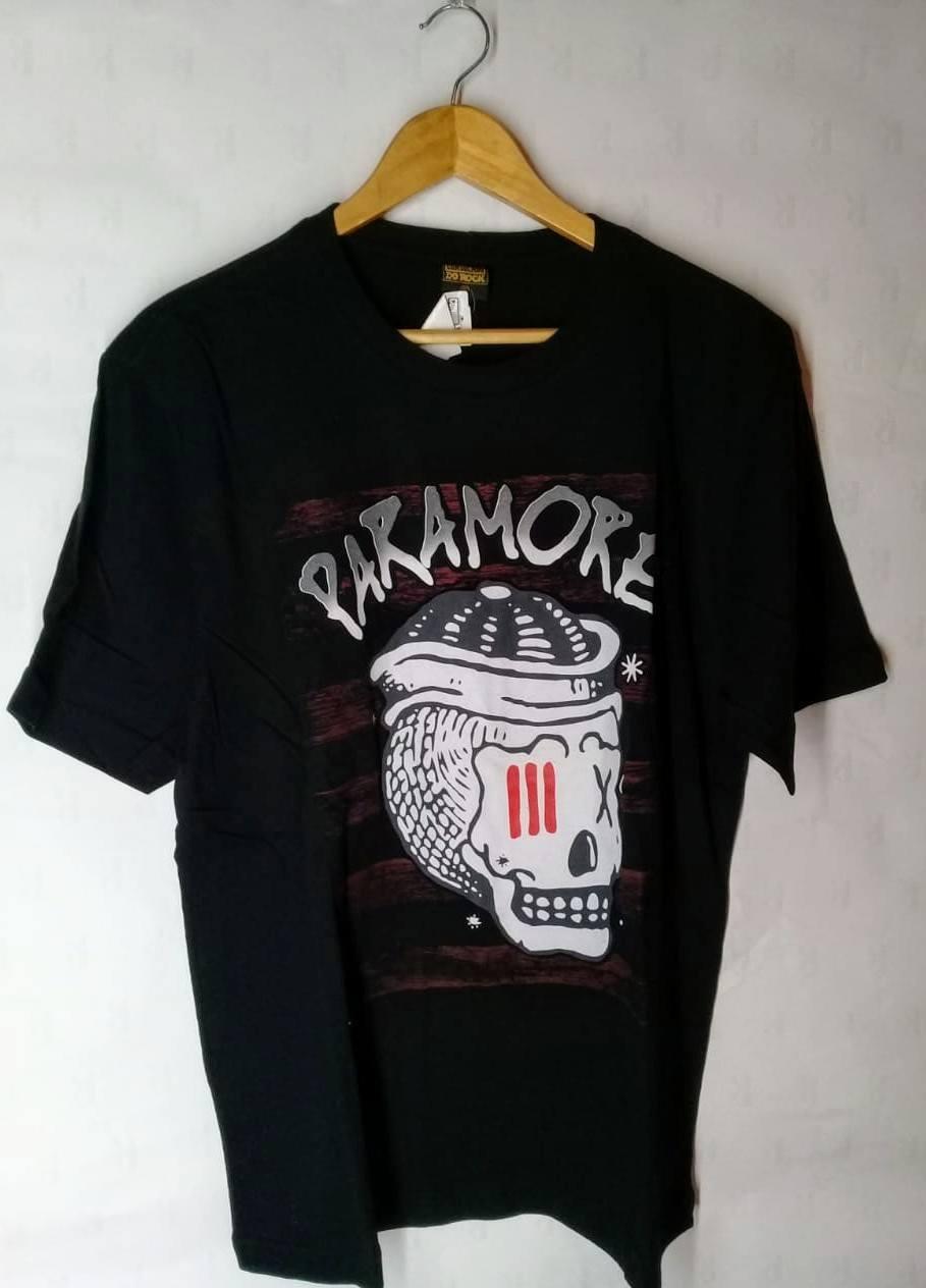 Camiseta Masculina Paramore Caveira