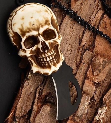 Colar skull canivete