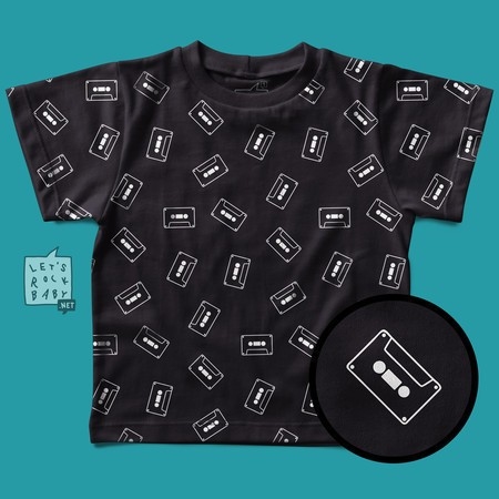 Camiseta Infantil Let's Rock Baby Estampinha Fitas K7