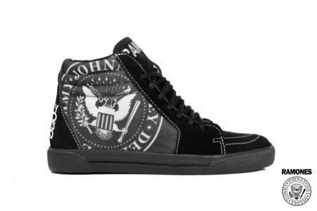 Tênis BandShoes Feminino Sk8-Hi Ramones