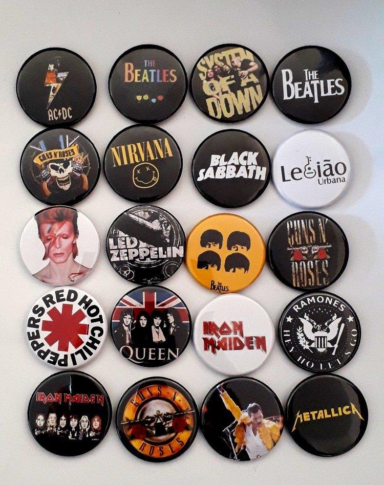 Kit com 20 Bottons Bandas de Rock II