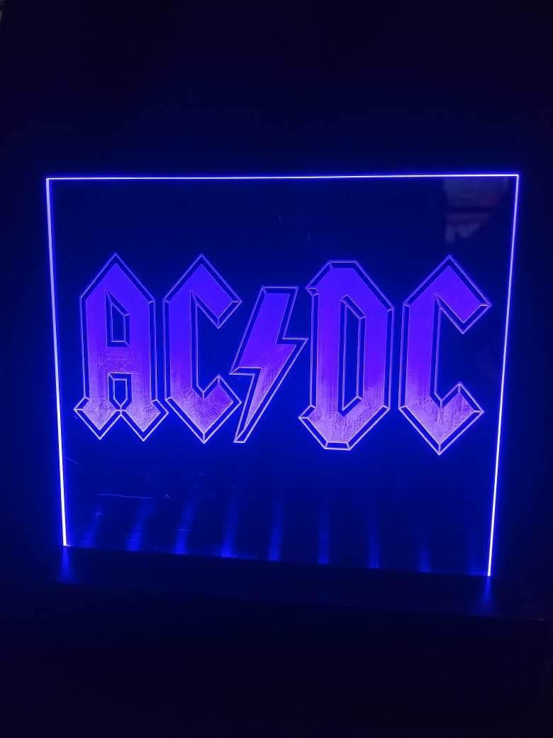 Luminária LED em Acrílico  Bandas - AC/DC