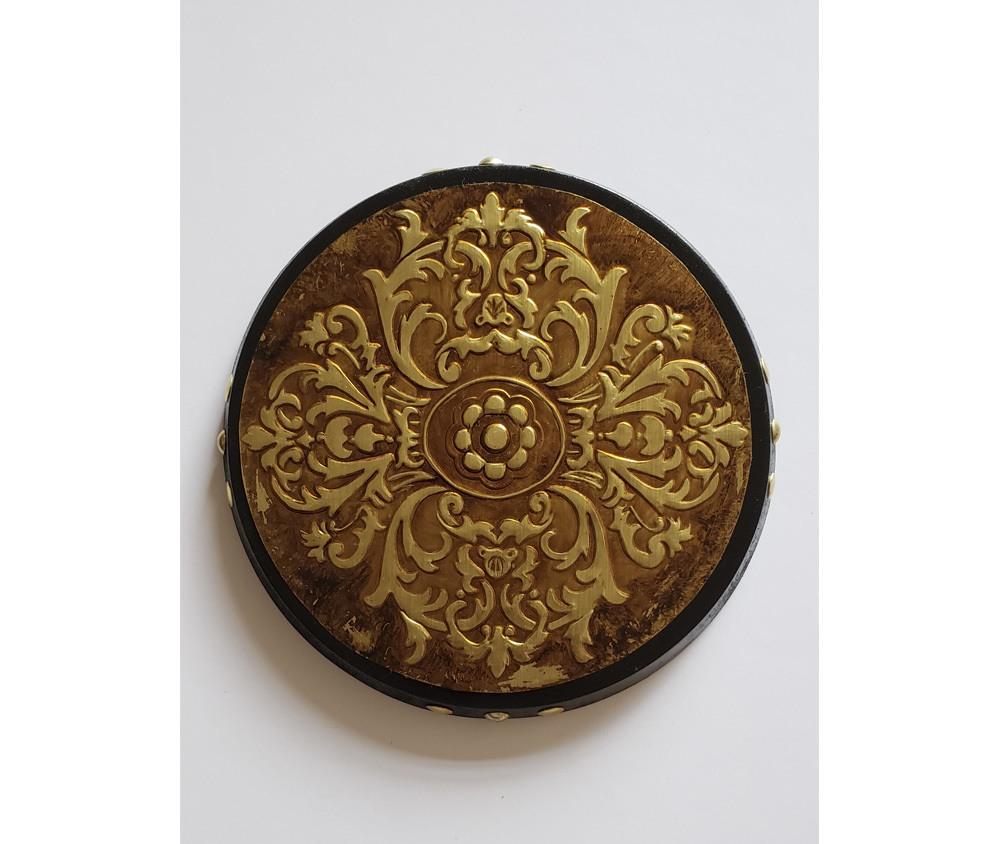 Peça Decorativa Mandala Romântica  em latão