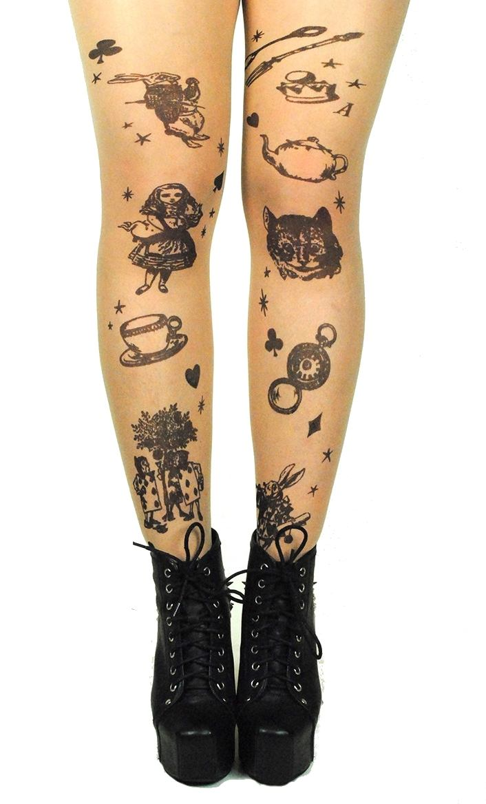 Meia Calça Fake Tattoo Imita Tatuagem Estampa Alice no País das Maravilhas