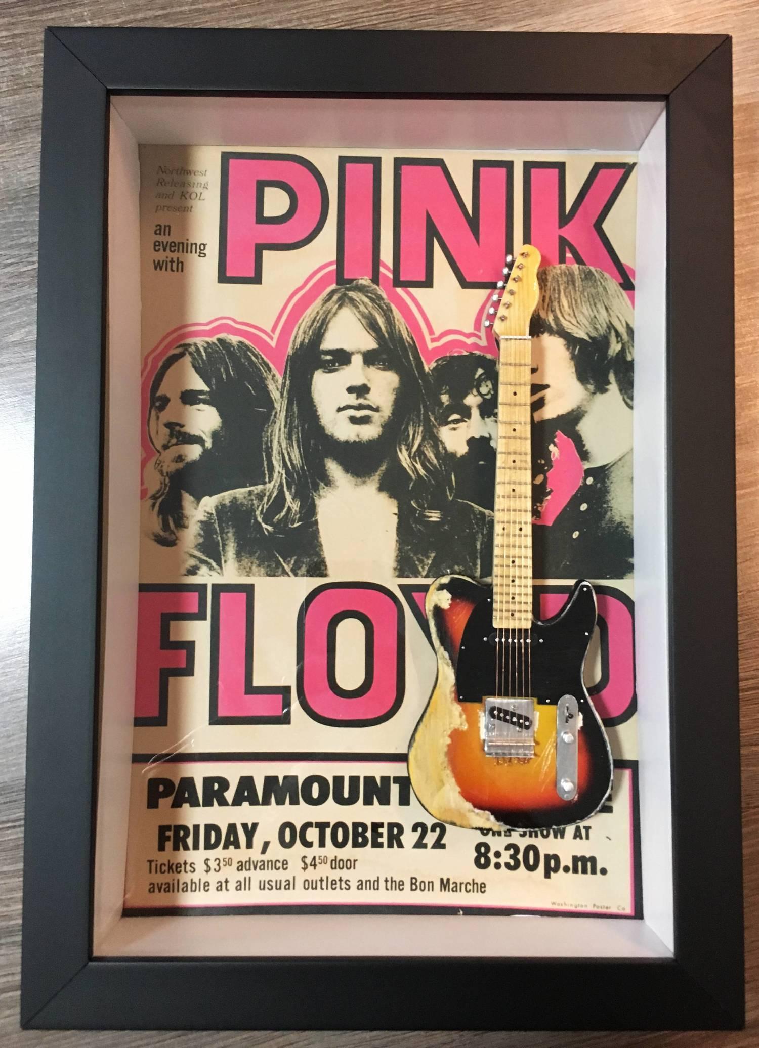Miniatura Instrumento Musical Guitarra Pink Floyd com quadro