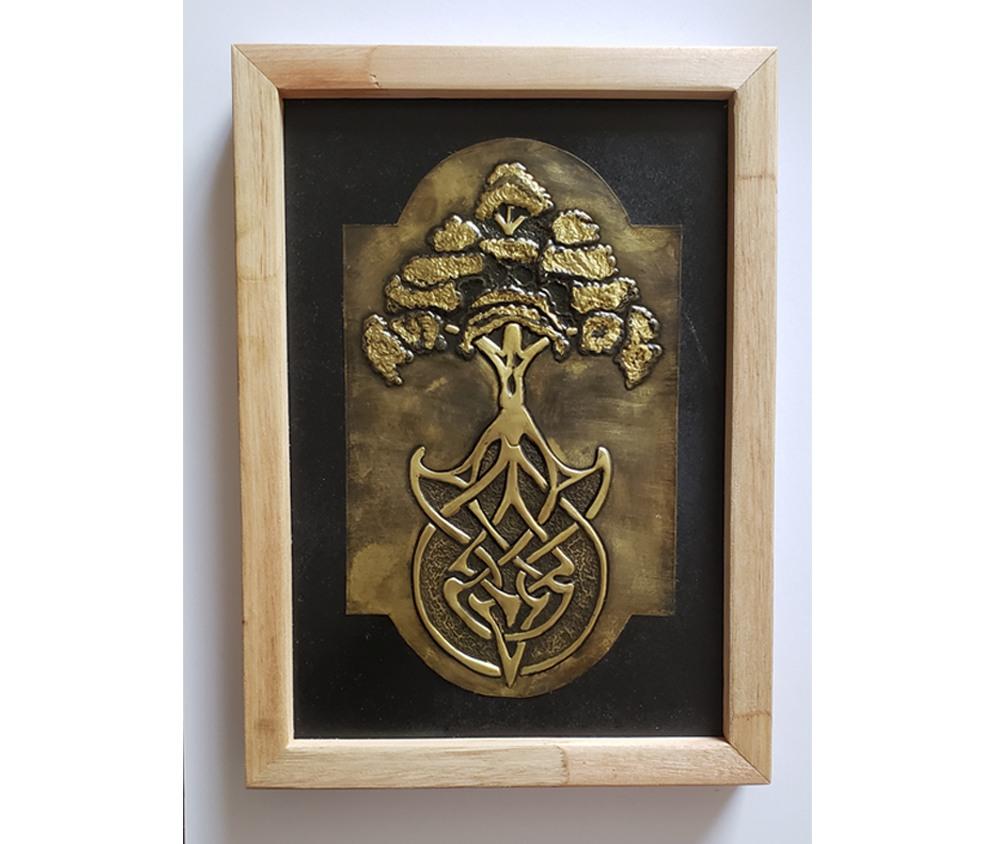 Peça Decorativa em latão Árvore Celta Triskel