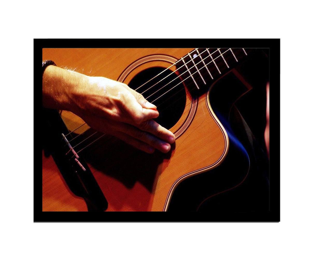 Quadro MDF violão 33x25cm Moldura Preto