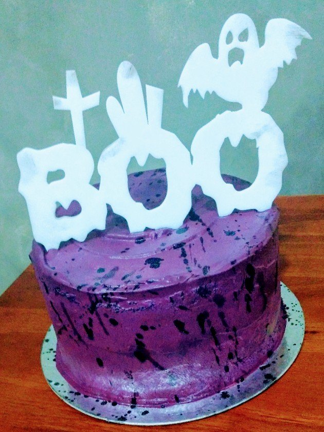 Surprise Boo Cake - Doces Fratta