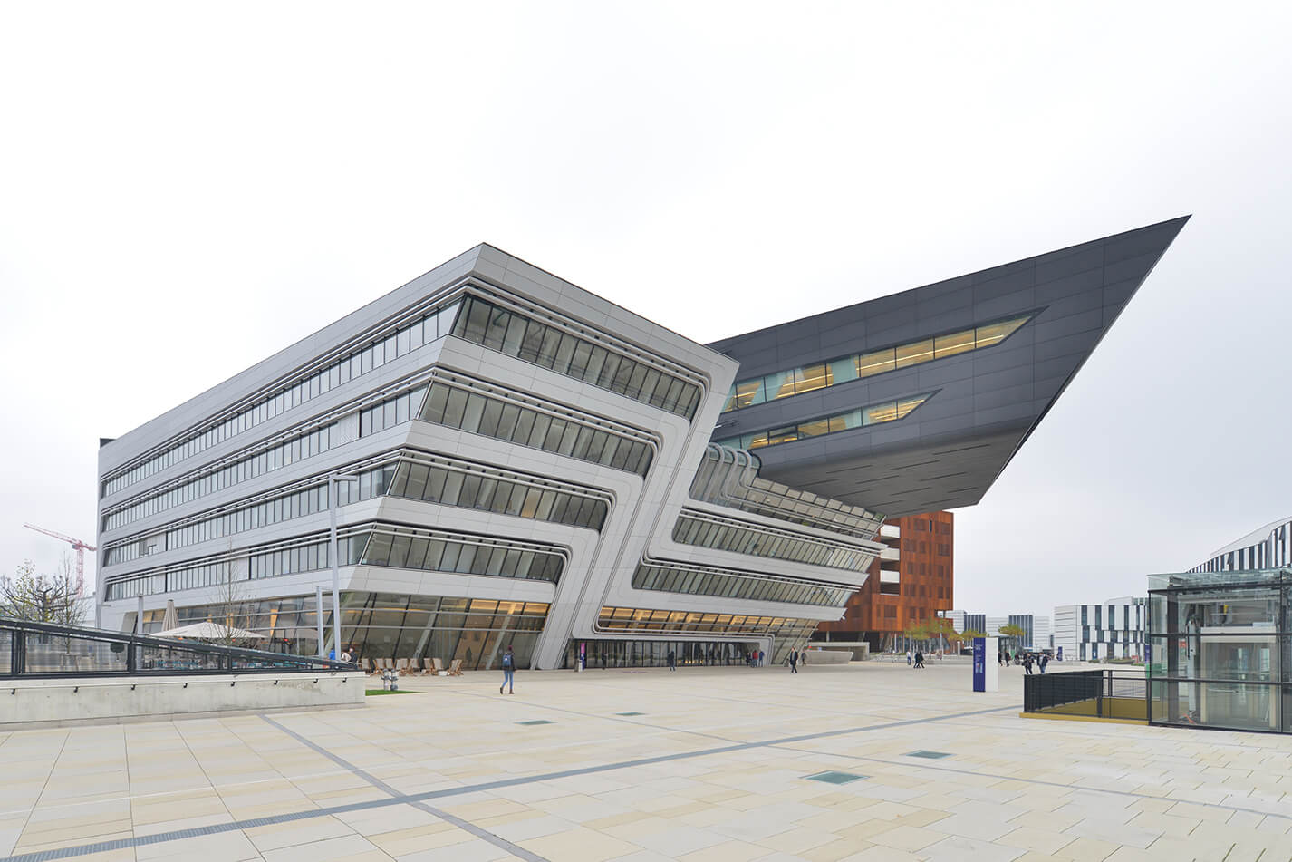Library and Learning Center of the University of Economics of Vienna / Zaha Hadid
