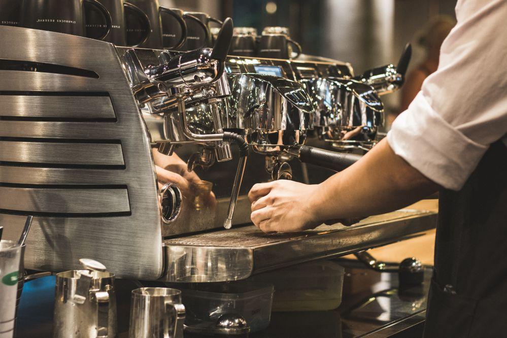 Conheça as vantagens do comodato de máquina de café